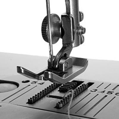 O desenvolvimento da marca insuperável da indústria de máquinas de costura